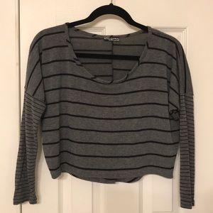 Body Central Gray & Black Long Sleeve Crop Top